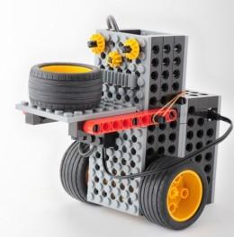 プライマリーコースのロボットの一例
