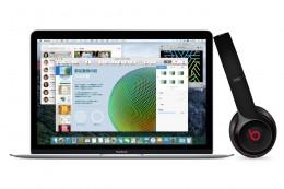 MacとBeatsヘッドフォン イメージ