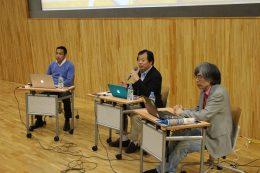 松田校長(左)、平井課長(中)、阿部氏(右)