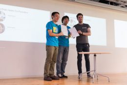 CoderDojo Japanの一般社団法人化を発表(左が安川代表)