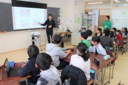ゲストティーチャーのCA Tech Kids 上野社長