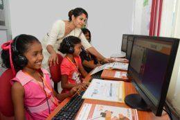 スリランカの「Surala JUKU」授業風景