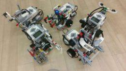 生徒たちが製作したロボット
