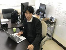 水野准教授 静岡理工科大学の研究室で