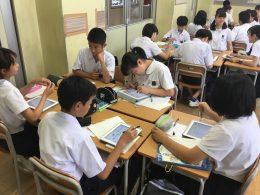 タブレットを活用した授業風景