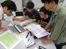 金沢工業大学におけるプロジェクトデザイン科目の授業風景