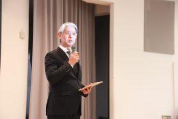 「こうした機会を活かしICT教育の裾野を広げたい」と、立命館守山・寺田佳司校長