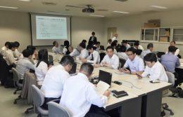 長野県内の教員を対象に行われた事業説明会の様子