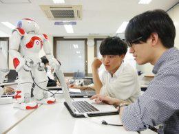ロボットプログラミング授業の様子