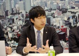 「ICT整備にはステップを踏んでいる」と平井氏