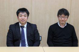 授業を担当した藤本教諭(左)と春日井教諭