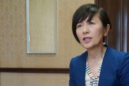 アドバンストクラスの英語を受け持つ多田恵理子 副校長