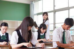 私立中高一貫校を中心に導入が進む1人1台タブレット