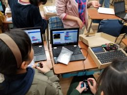前原小の4,5,6年生が使用しているChromebookとichigoigaiスクールセット